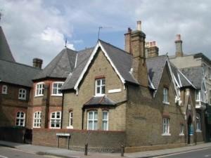 wimbledon-village-club-300x225